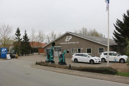 Erenfred Pedersen / Entreprenørmateriel og Entreprenørmaskiner i Kolding